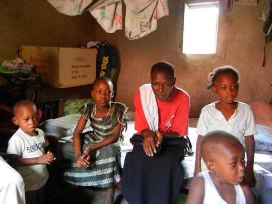Sahara with Micael, volunteer and siblings