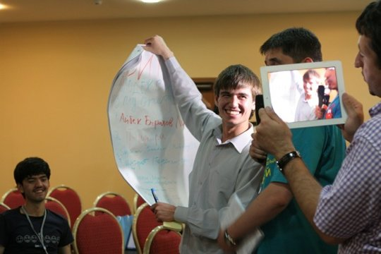 Zhamshid Hakimov shares innovative website concept