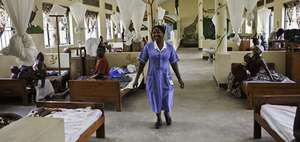 Nurse at the c entre