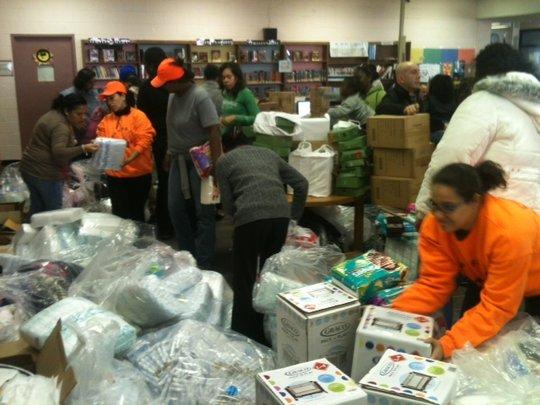 Pre-Thanksgiving distribution in the Rockaways