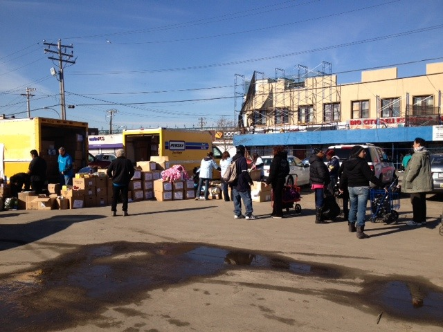 Preparation for Food Distribution in the Rockaways