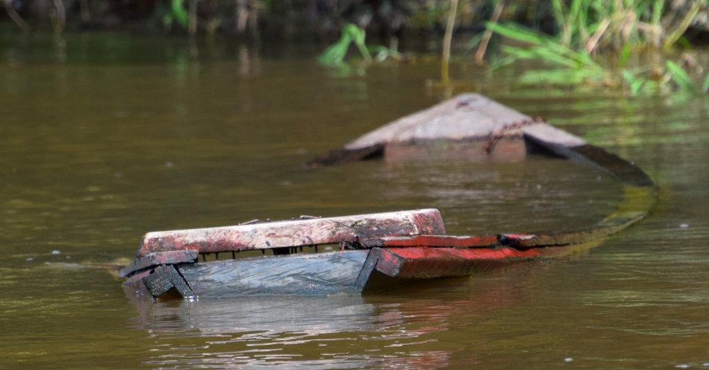 10. Sunken boat in Ampiyacu River