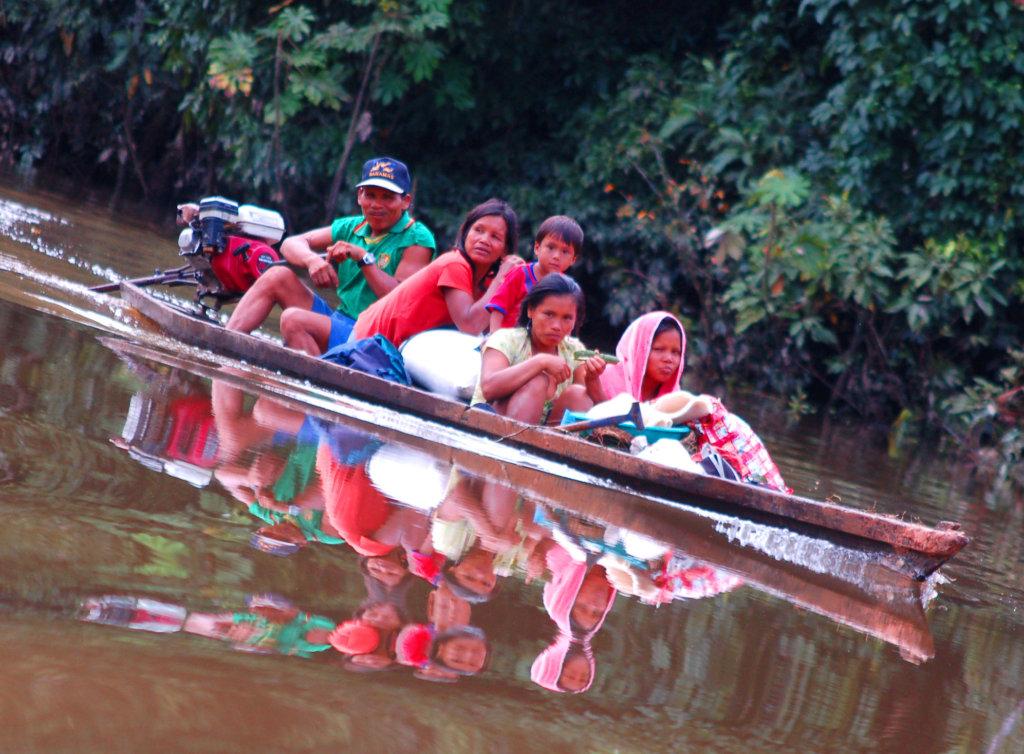 Bora family in peque peque