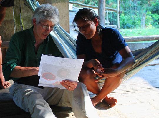 Discussing basket design with Maijuna artisan