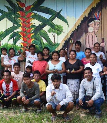 Maijuna artisan group at Sucusari workshop