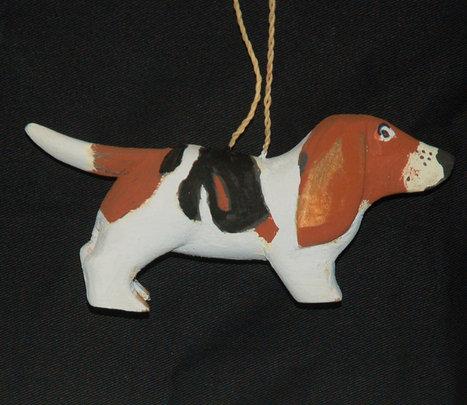 Basset hound balsa wood ornament. Plowden/CACE