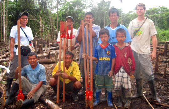 Robin van Loon and Bora rosewood planting team