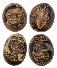 Calabash tree ornaments with Amazon wildlife