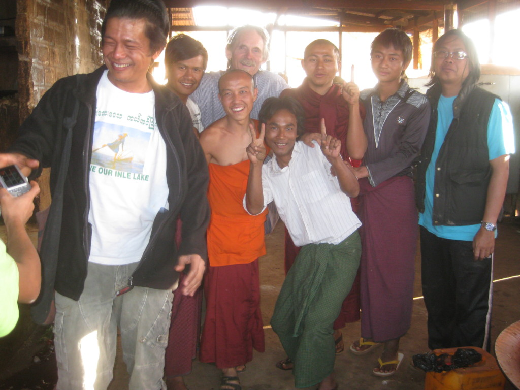 Stove-building alumni Shan State 2014