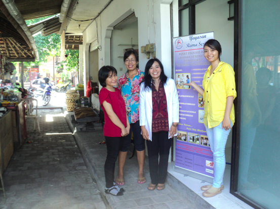 YRS staff in front of the new Sanur clinic