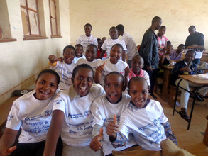 International Medical Corps youth clubs