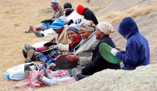 Increased income for 250 Swaziland craft producers