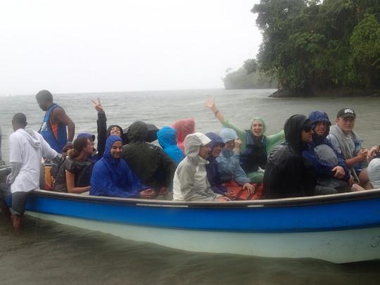 Volunteers arriving at Playa Verde