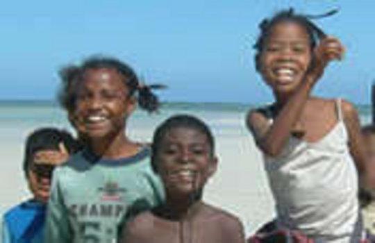 Community-run Eco-lodge on the Indian Ocean