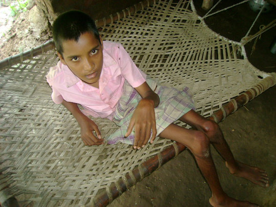 HELP FOR HANDICAPPED AND POOR CHILDREN IN INDIA