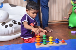 Child learning color concepts