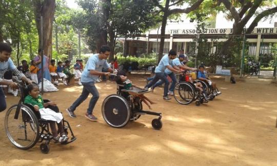 Extracurricular activities by volunteers.JPG