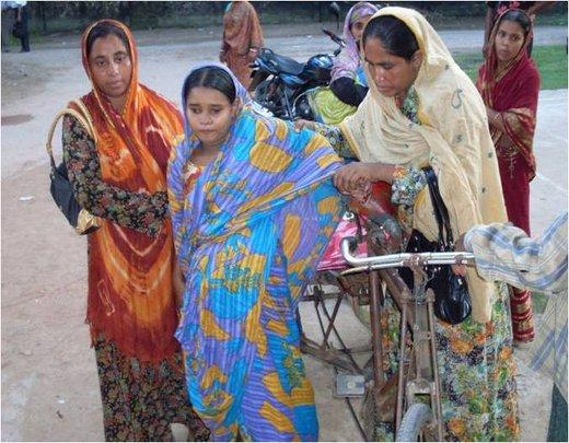 Photos From Save Life Of 600 Bangladeshi Poor Pregnant