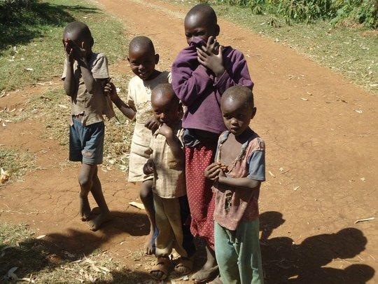 Build a library for 1000poor children in Kenya