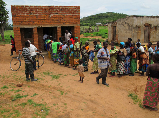 Kit Yamoyo is here! Queue at Chison Banda's shop