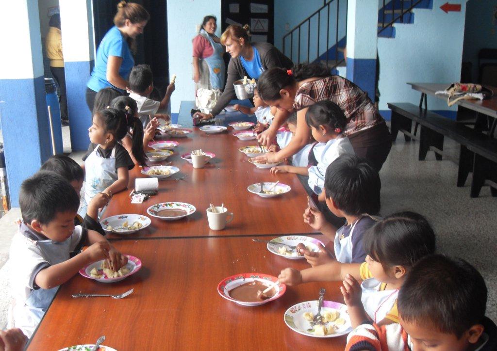 Lunch at Nuestro Futuro