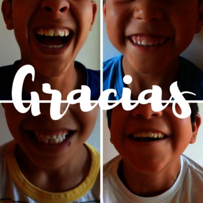 Smiles of children / Sonrisas de los chiquitos