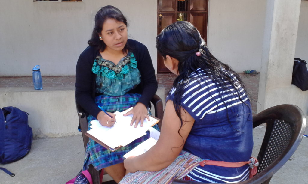 Betzabe interviewing a mother