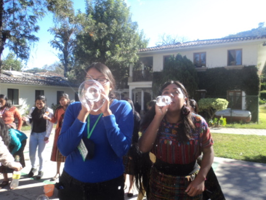 Making bubbles with recyclable material
