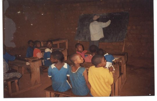 Bring Schooling to 200 pygmy children in Cameroon