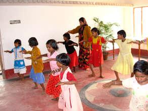 Dance of girls