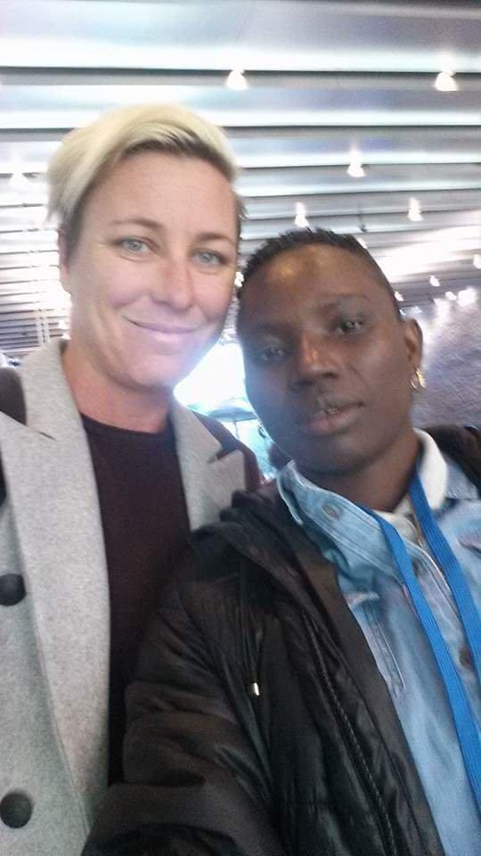 Selfie! Seyni meets Abby Wambach.