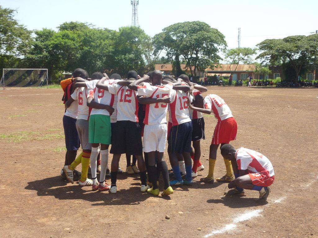 U-18 Boys huddle