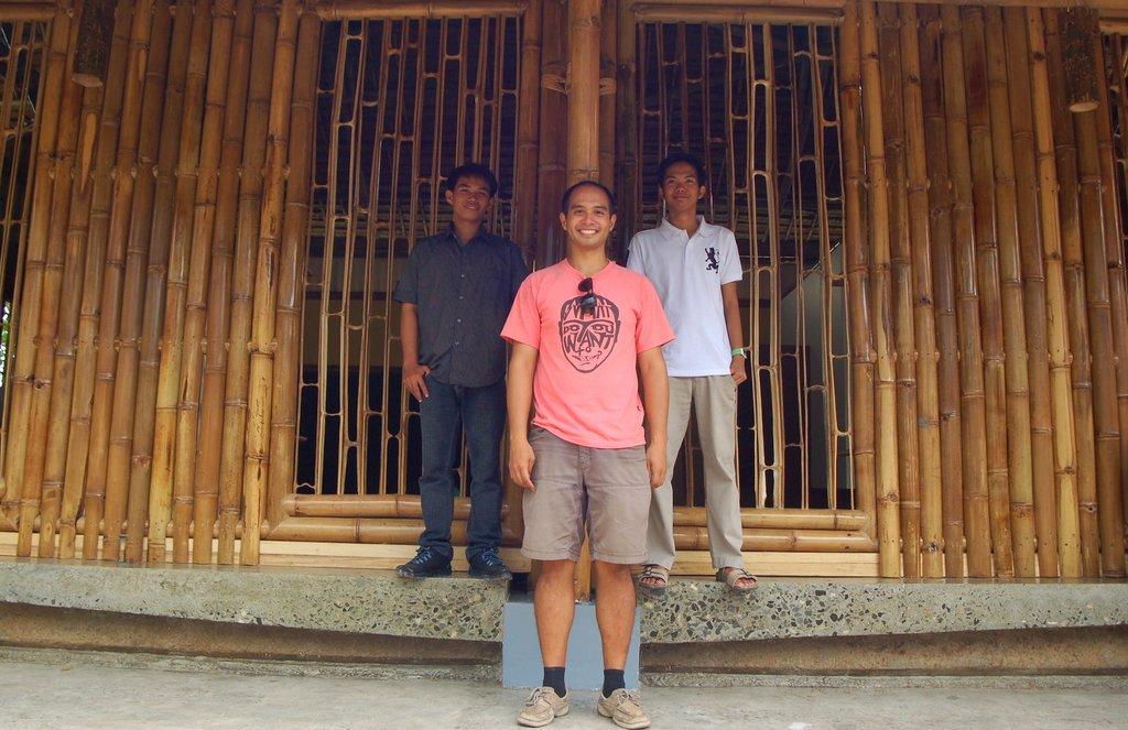 Architect Ray Villanueva and Project Leaders