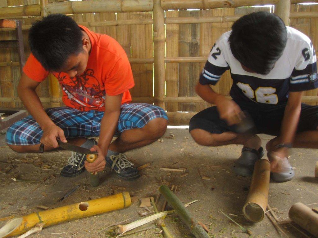 Estudio Damgo: First Filipino Design-Build Studio