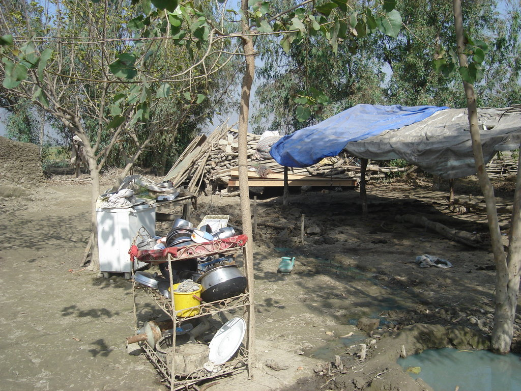 Shelters for people without tents