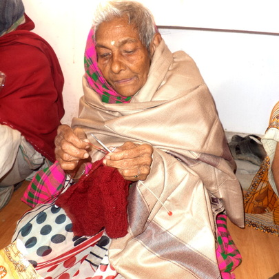 Nupur-maa enjoys knitting