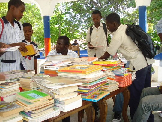 School youths finds a good read 2