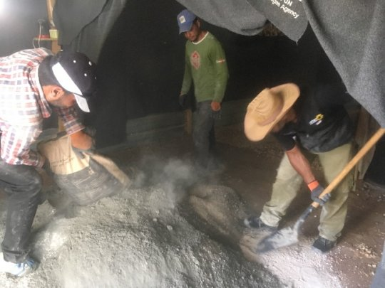 Mixing the cement