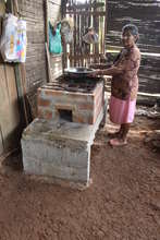 F.NATURA. Eco-efficient stoves used by woman