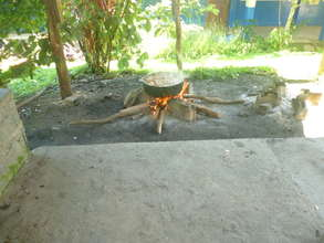 FNatura. Open air stove used in rural areas