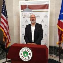Fundraising at the PR Legislature.