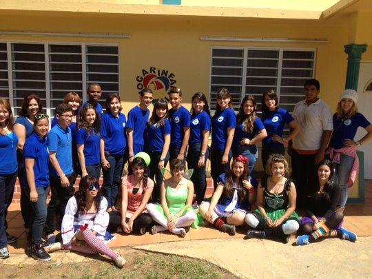 Volunteers from Escuela Dr. Carlos Gonzales