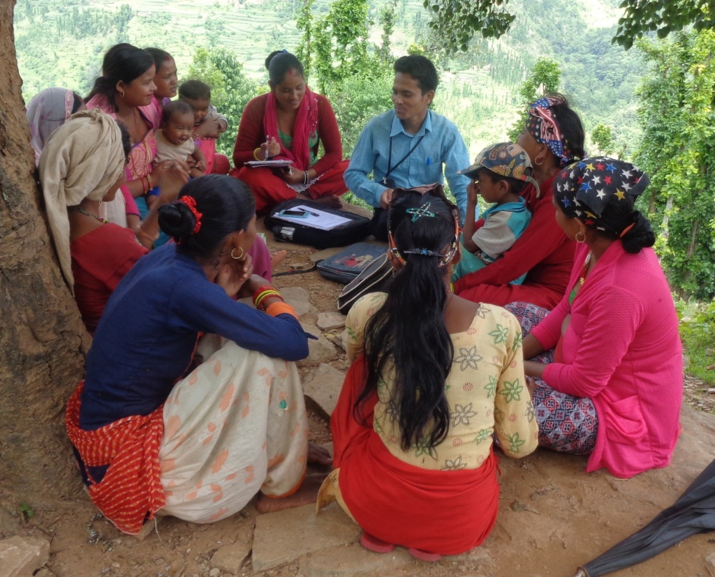 Orientating women group members about solar energy