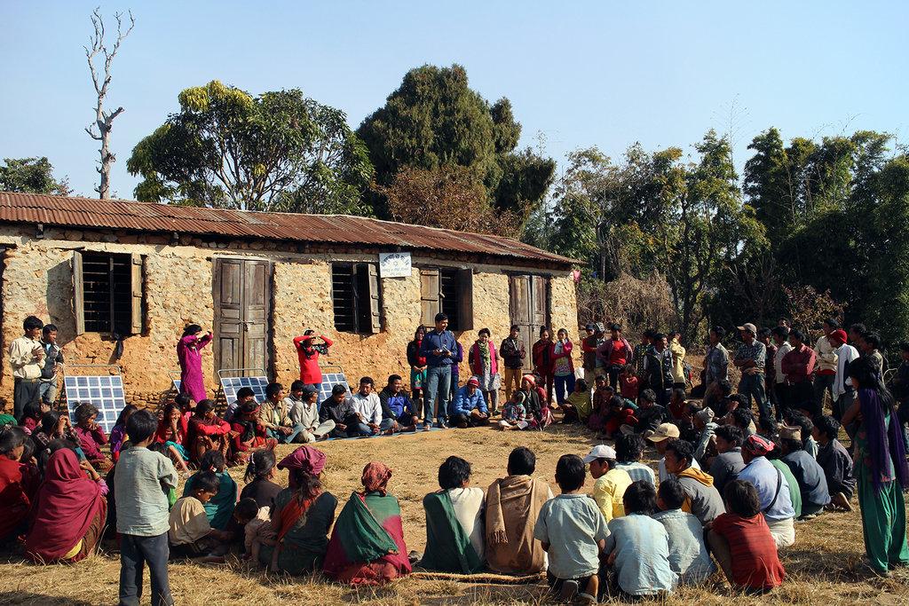 Orienting on using solar tuki before distribution