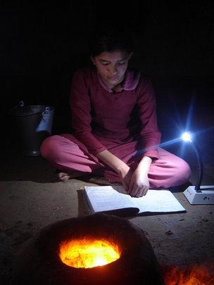 Student using solar tuki