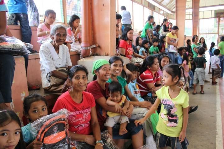 AAI flood beneficiaries happy to receive books