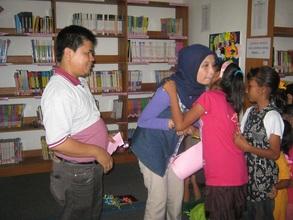 Farewell with Bapak Rusdi and Ibu Mariwati