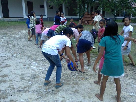 Outdoor games - let