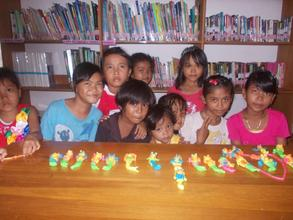 The children and their paraffin creation