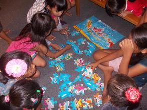 Educational Toys : It's puzzle time